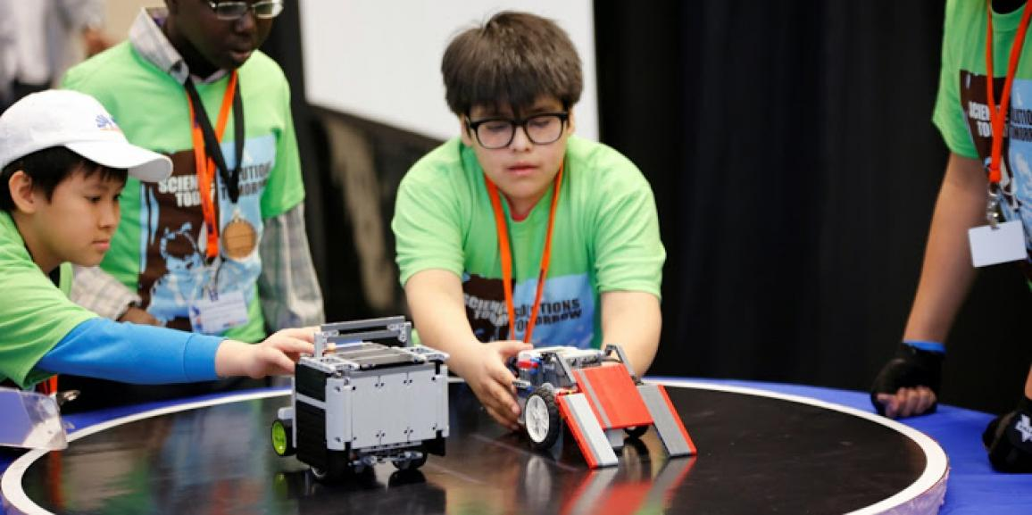 It's Alive! Evolutionary Robotics for Kids: Yes, They Can Do That